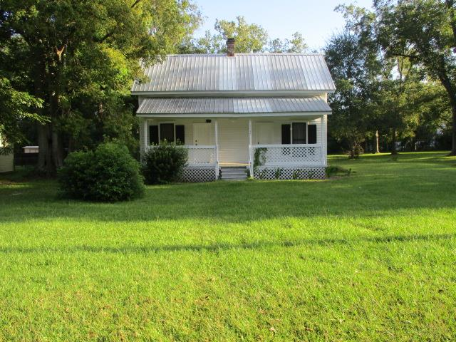 Cozy farmhouse in downtown Coolidge. Newly remodeled with an add on to make the bathroom larger. All new wiring, fixtures, and plumbing. This house comes fully furnished for the right price.
