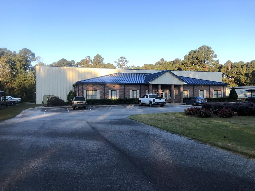 One of the few remaining warehouses available in Thomasville. This building consist of 30,000+/- Square feet of warehouse and 3,100+/- Square feet of office space that consists of 9 separate offices, a break room and kitchen. The warehouse has 3 roll up doors with men/womens bathrooms as well as a break room.