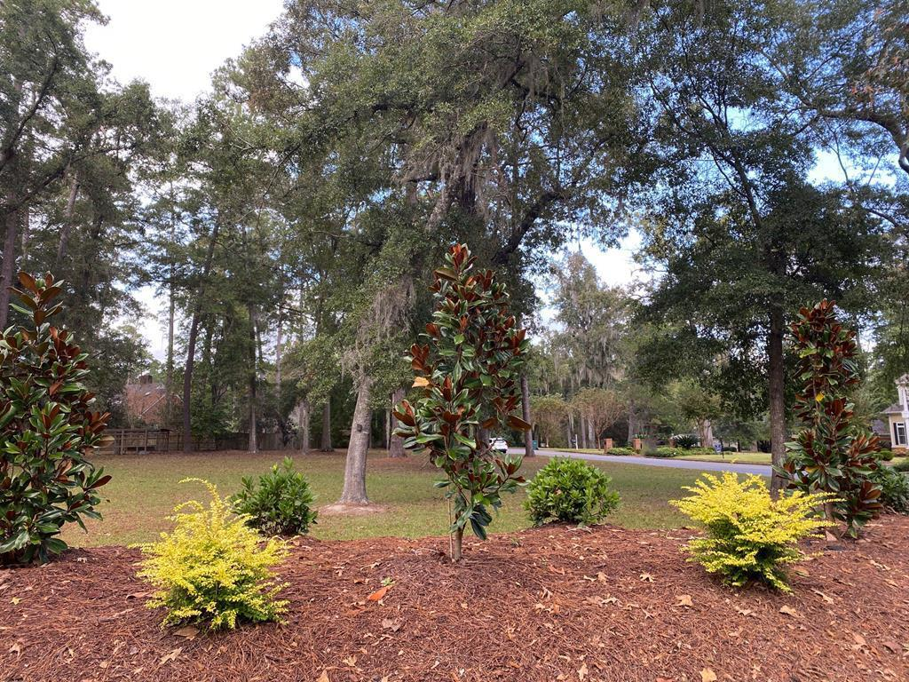 This beautiful residential lot is your last chance to build on prestigious Lover's Lane. Ideally located with convenient and easy access to downtown Thomasville, Archbold Hospital, Glen Arven Country Club and Tallahassee. Improvements have recently been added to include a berm and fresh, new landscaping with drip watering system creating a pleasing privacy barrier. Don't miss your final opportunity to build your dream home on Lover's Lane!