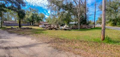 Corner Residential Lot at a great Price! Close to everything and convenient to shopping, restaurants, and downtown Bainbridge. .