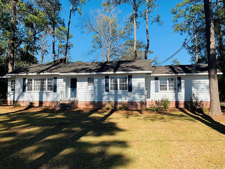 Convenient and ADORABLE are the only words to describe this one!!! This home is a 3 bedroom 2 bath with a 2 vehicle carport. Its updated and ready for the perfect owner. Hardwood floors and carpet in 2 bedrooms. You just have to see it to appreciate it. Call today for your personal viewing!