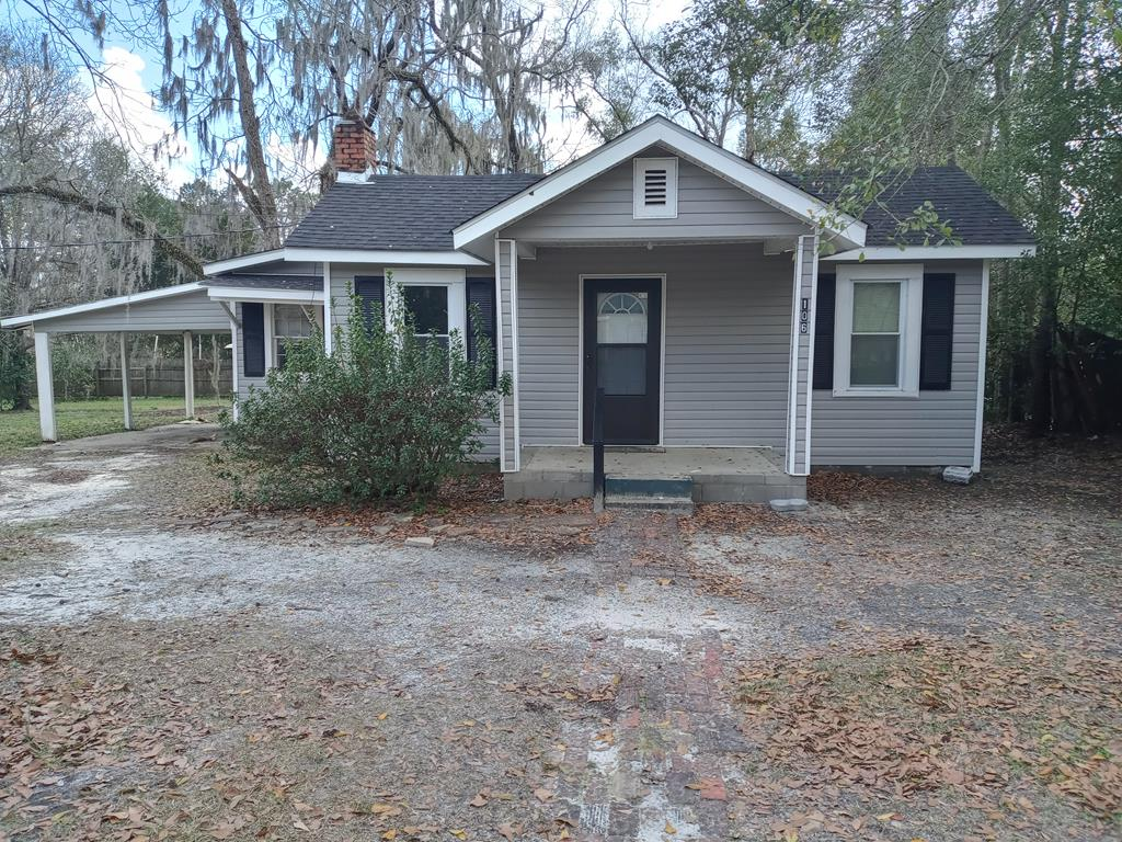 Spacious 2 bedroom, 2 bath house on a half-acre lot. Great investment property with termite bond. Currently vacant. New roof installed in 2019.