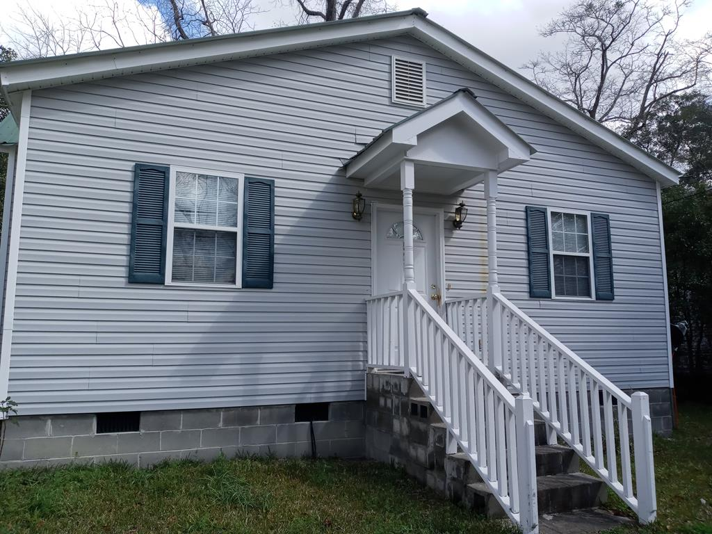 3 bedroom, 2 bath investment opportunity with tenants in place. Termite bonds with Naylor Pest Control in Valdosta and Carrier HVAC contract through Carter Wilkes in Meigs.