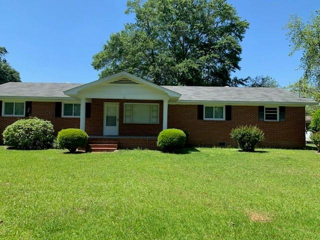 3 Bedroom 11/2 bathroom. Great property for a first time home buyer or small family. This home has a separate dining area and eat in kitchen. Large living room to entertain. Sunroom overlooking backyard ,and a nice covered  carport. Schedule your tour today.