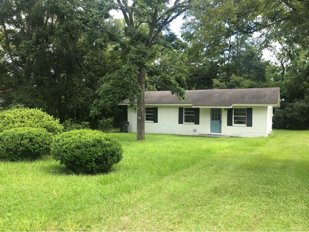 This 3 bedroom/1 bath remodeled home is perfect for a first time homebuyer or an investor. The sellers have done everything from the floors to the kitchen to the bathroom. It has a secluded, peaceful backyard with access right off of the kitchen.