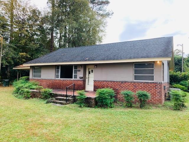This 3 bedroom, 2 bath cottage in a wonderful established neighborhood needs a lot of TLC. Double carport and large yard. Perfect for the buyer wanting a fixer upper to make their own.