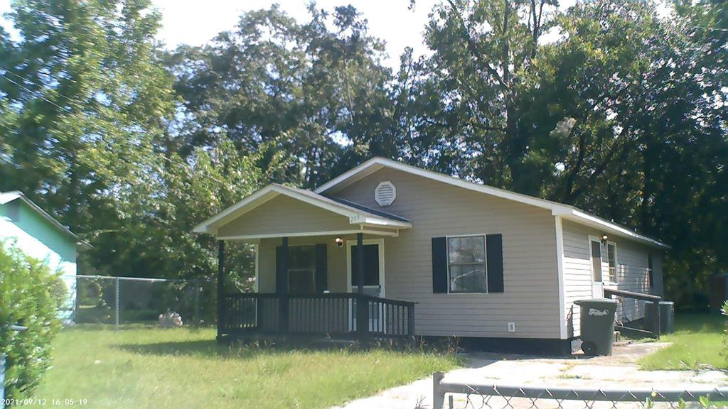 Squeaky clean! Nothing to but move in. Excellent investment property or first time owner.