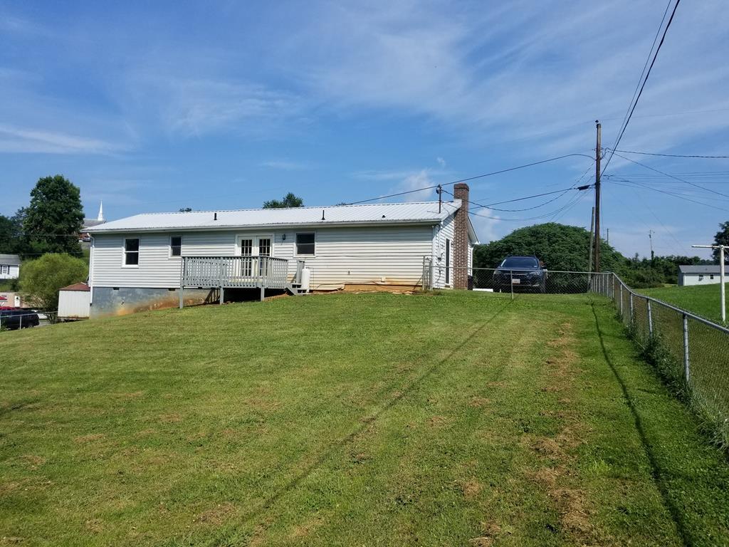 1212 Locust Grove Road Marion, VA 24354 / SMYTH County