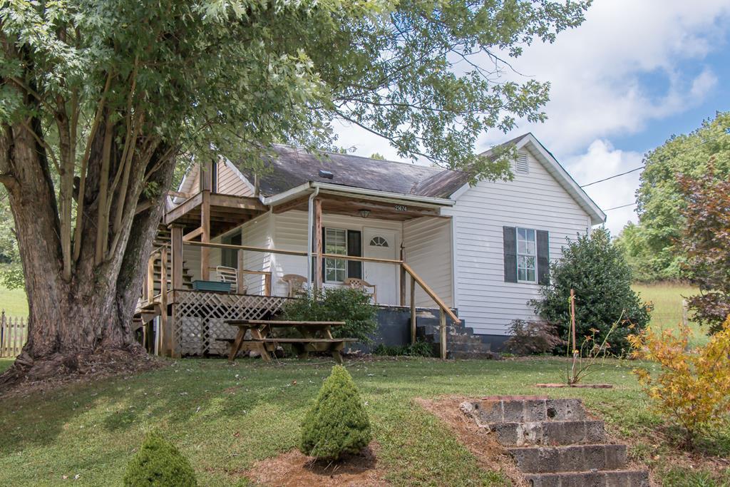 21474 Benhams Road Bristol, VA 24202 / WASHINGTON County