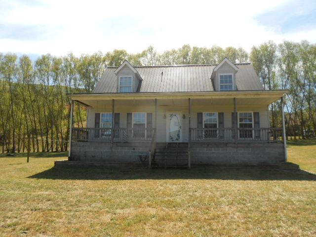 3 BEDROOM, 2 BATH, 1620 SQ. FT. CAPE COD MODULAR ON 2 ACRES OF LAND. PROPERTY FEATURES: 320 SQ. FT. FRONT COVERED PORCH, 400 SQ. FT.  BACK DECK, FIREPLACE, METAL ROOF, GARDEN TUB, LARGE WINDOWS, WALK IN CLOSETS, CLEAR & FLAT LAND, & A MOUNTAIN VIEW.