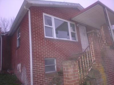 3 bed, 1 bath home located in Doran, VA. The home is in need of updates and repairs before move-in ready, once complete this will make a great starter home.