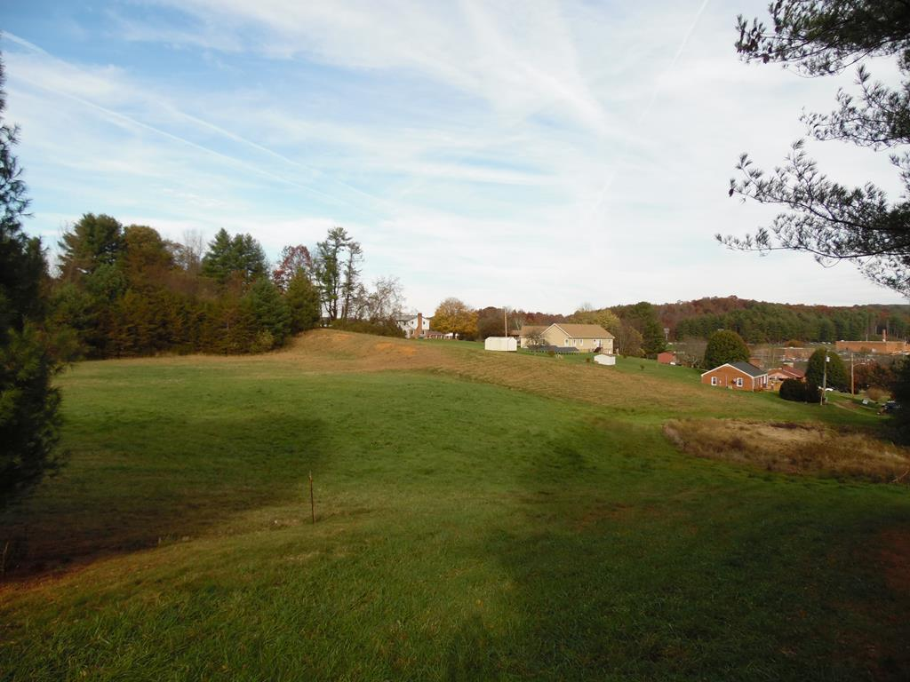 Excellent opportunity in Hillsville,Virginia, just over 4.3 acres of open land near the restaurants, schools and medical facilities, walkable from downtown, could be a park.  Very central location could be used as a destination for the Hillsville Labor Day Yard Sale Weekend. Municipal sewer and water available. Views of the school fields from the highest elevation.  Opportunity here.Schedule a showing today!