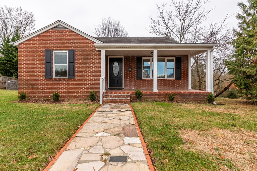 This all brick traditional ranch won't last long!  Walk to the farmers market or sit on your front porch and listen to the Thursday night jams. This cozy 3 bedroom, 2 bathroom home is in downtown Abingdon VA. Upon entering from the covered front porch, you are invited into the great room that has 3/4 inch oak hardwoods running throughout most of the home.  Open concept kitchen being open to the great room makes it easy to entertain.  This home has had many upgrades on the interior!  The upgrades include but are not limited to; refinished hardwood flooring, new hot water heater, updated lighting, new windows. Moving downstairs, you could possibly use this space as an office or workout room.  Make it your own!  Don't forget your furry friends as this home offers a fenced in back yard, plus so much more!!... This home is a must see!! Schedule your showing today.