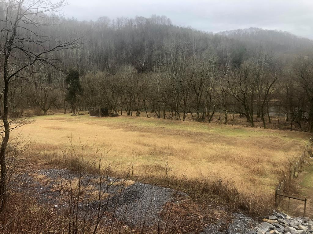 Are you looking for water frontage property to build your dream home? Take a look at this 4 acres that is located on the North Fork River Road.  Lots of peace and quiet yet conveniently located. Build your dream home and sit on the porch and watch the river flow by.  A small portion of the property is in the flood zone.