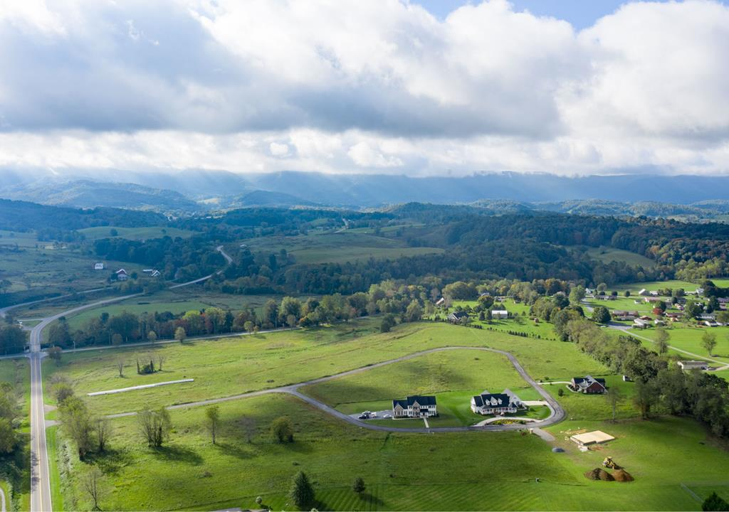 Beautiful lot with gorgeous views of White Top - STICK-BUILT HOMES AND MODULARS. UNDERGROUND UTILITIES, CABLE, PHONE, ELEC. OFF-FRAME MODULAR HOMES ALLOWED BUT MUST MEET CC&R'S. PERKED FOR 4 BR