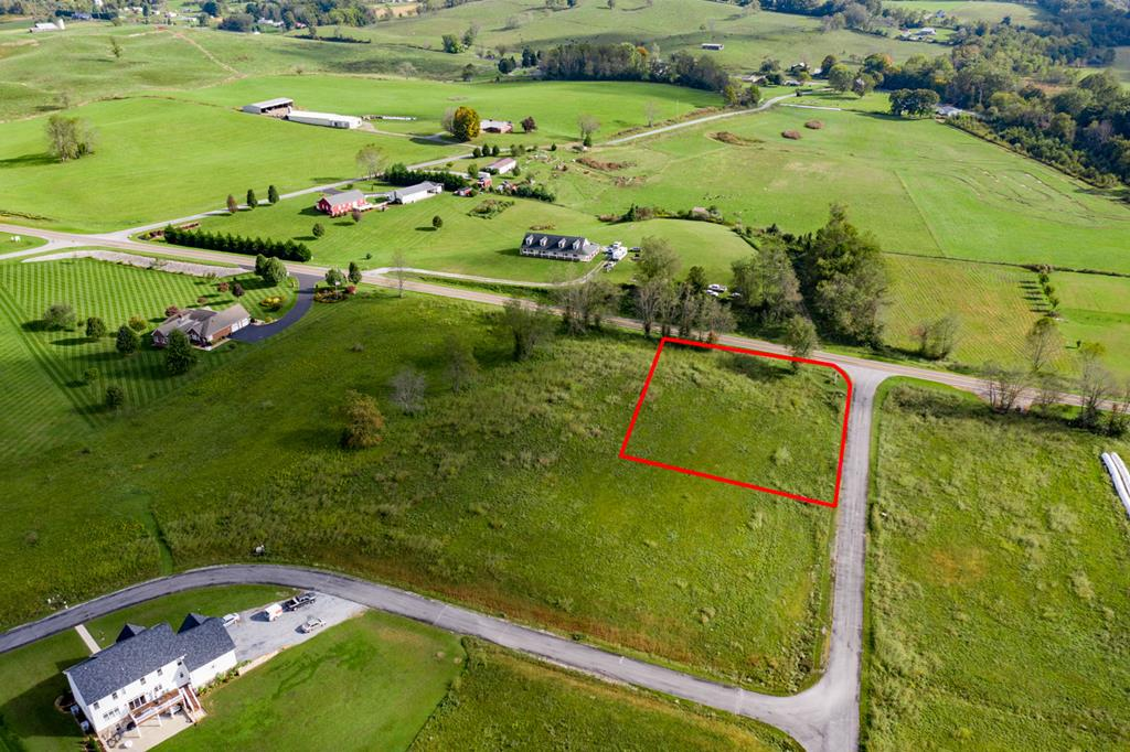 Beautiful lot with gorgeous views of White Top - STICK-BUILT HOMES AND MODULARS. UNDERGROUND UTILITIES, CABLE, PHONE, ELEC. OFF-FRAME MODULAR HOMES ALLOWED BUT MUST MEET CC&R'S. PERKED FOR 6 BR