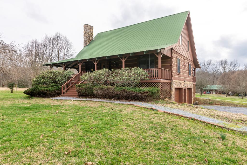 2 Homes for 1 price!! Located in the heart of Damascus with great biking, fishing and hiking...this property has it all! Both houses are situated on 4.7 acres. Main house is 4 beds with bonus room, 2 full baths and has many upgrades including: New granite countertops, new appliances, new heat pump and gas furnace, tankless water heater, gas logs and exterior of home freshly painted.  Second home is 816 sqft 2 beds and 1 bath, Just remodeled with new heat pump installed, producing rental income!