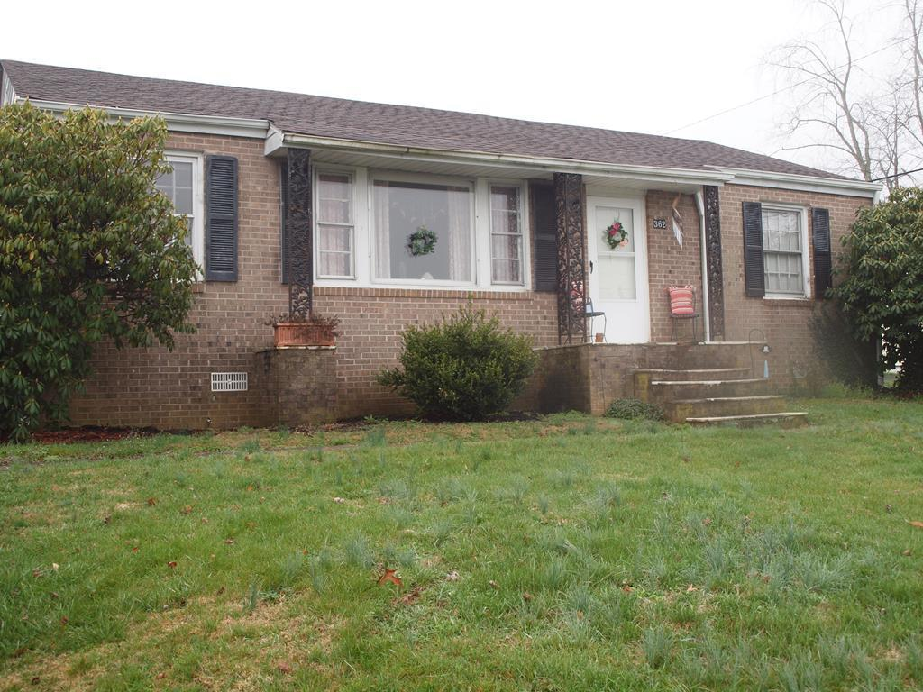 Very Convenient location near all the Abingdon amenities with easy access to I-81 and Hwy 19/58. Electrical upgrade in 2008 including new 200 AMP service and new heat pump,new roof installed 2016.. Additional improvements include 12x24 storage building and 12x15 concrete patio. Backyard is fenced. All information subject to errors & omissions. Buyer or buyer's agent to verify all information. 24 hour notice required to show.