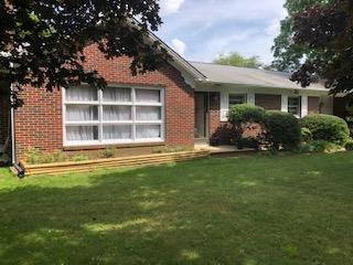 Nice 3 bedroom brick ranch with fireplace on 2 acres near Woodlawn and I-77.