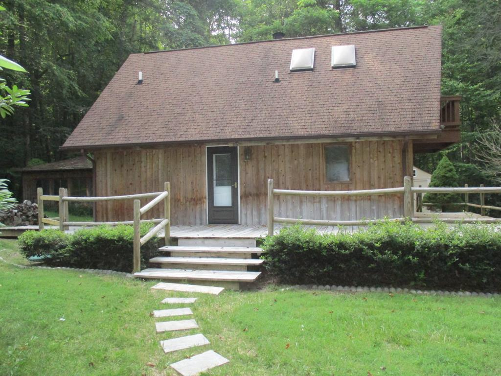 This HomePath property is the perfect property if you are looking for privacy. The A frame cabin in the woods has 11.75 acres of privacy with a 3 bedroom, 1 bath, pond, creek, some trees, and outbuildings. Lots of potential for you to make it your own. Conveniently located just a few miles from interstate access between Wytheville and Pulaski. Call to schedule a showing today! Hurry while the rates are super low.