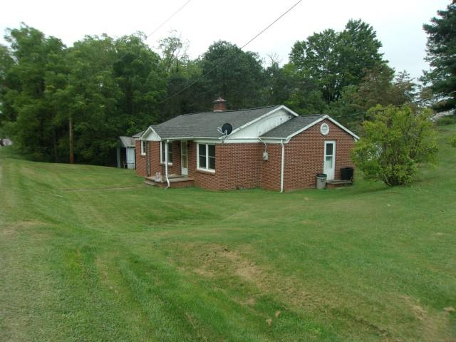 Cute brick ranch home.  3 bedrooms and 1 bath.  House is in good condition.  Good location.  Situated on about 1 acre.