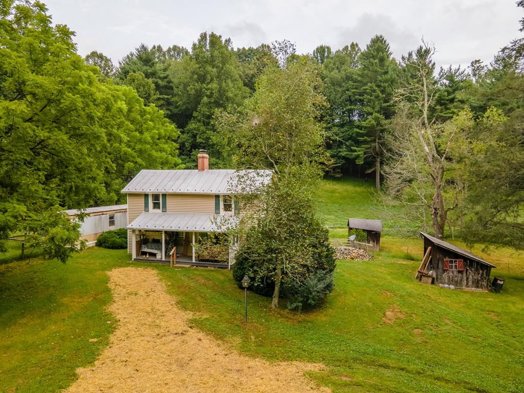 Picturesque setting with farmhouse, old barns, and outbuildings. This farm has it all, creeks, views, substantial fencing, and mixtureof pasture and woods. Property is full of character and abundance of wildlife. Just see the photos to understand the sheer beauty of this Floyd CountyGem!