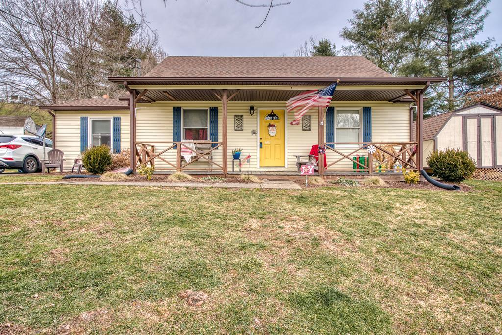 Great home in a great neighborhood. Move in ready. In the county but only five minutes to town. Great outdoor entertaining area. More pictures coming!