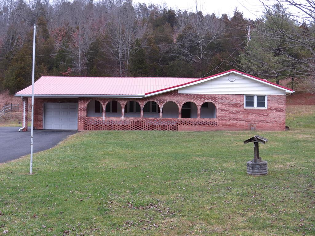 NICE BRICK HOME ON APPROXIMATELY 2 ACRES OF LAND LOCATED WINTHIN 1 MILE OF SOUTH WEST VA. COMMUNITY COLLEGE, WITHIN 15 MINTUES OF CLINICS, WALMART , AND FOOD CITY. HOME FEATURES 3 LARGE BERROOMS 2 FULL BATHS. LARGE PATIO. HOME IS IN VERY GOOD SHAPE,  OWNER SAID BRING ALL OFFERS!!