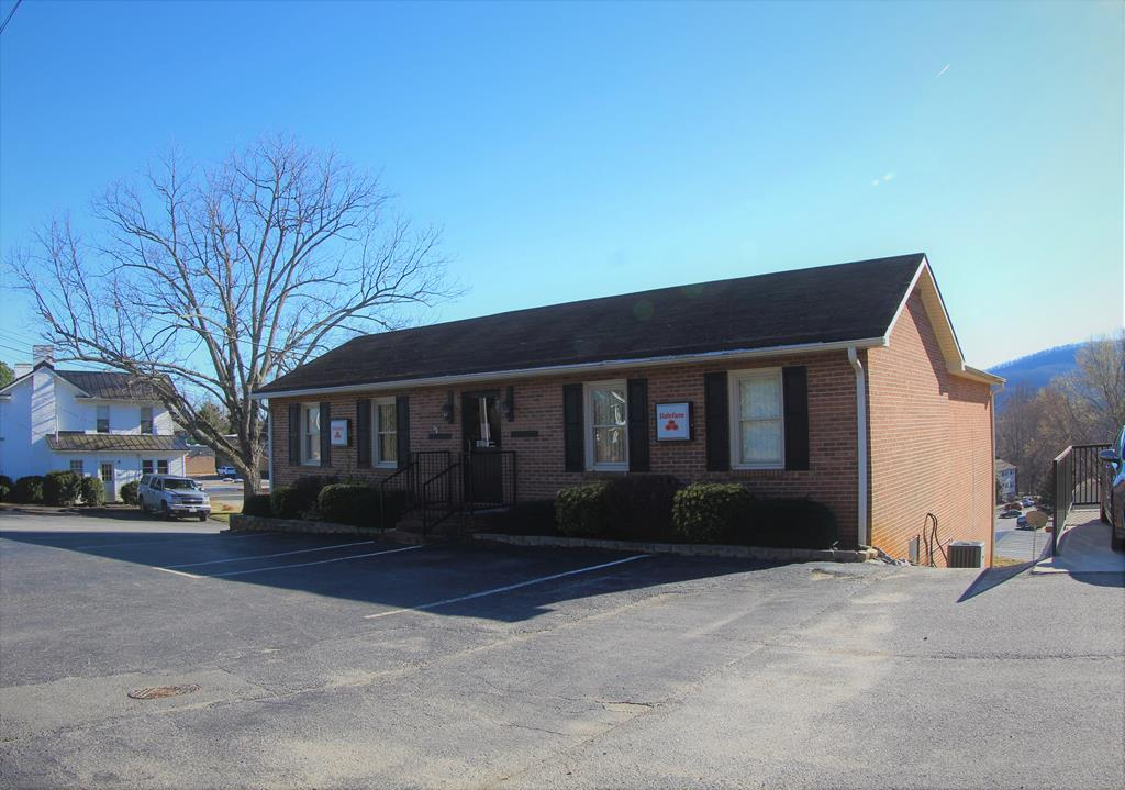 116 Blue Ridge Street, Stuart, VA 24171