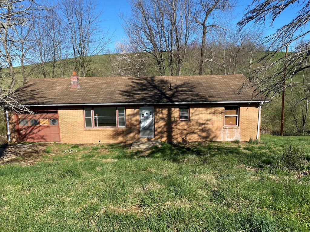 Opportunity for a fixer upper in the Chilhowie School district. One level brick ranch with 3 bedrooms and  1.5 bath  home in an established neighborhood! Full of potential. 1260 Square Feet.