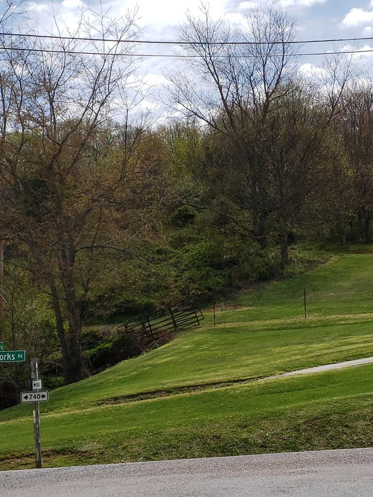 Come build your new home or summer get away on 1.03+- acres, county taxes and only Minutes to Abingdon, I-81.