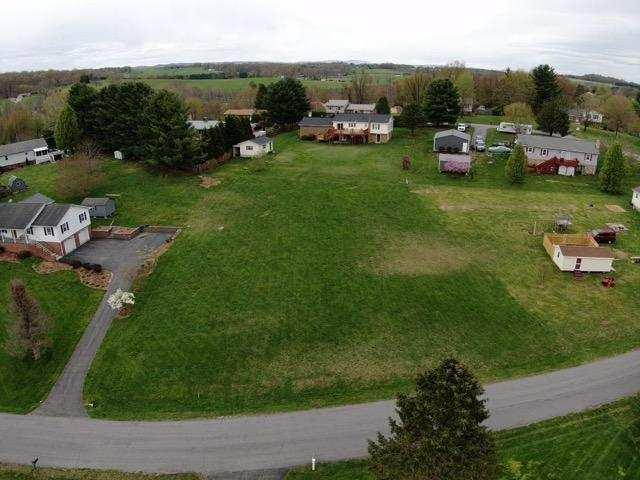 LOCATION LOCATION LOCATION !!! This is a great building lot in the popular Mountain View Acres subdivision in Dublin. Build your new home less than a mile from Pulaski High School and the same distance from the new Pulaski Middle School. There are not many lots availabe in that area. Public water is available. You do not want to miss this one!