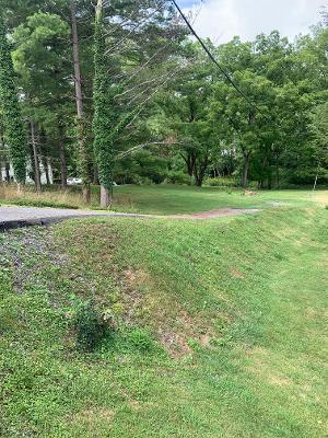 Nice building lot in Town with good road frontage.  walking distance to  Main street. within 5 minutes to hospital, schools, grocery stores, shopping, YMCA and Town park.