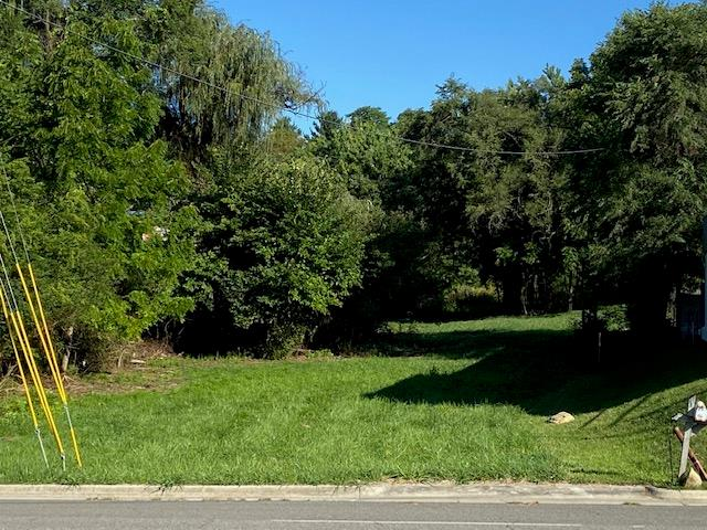 Great .92 ac building lot on Cassell Rd with visibility from Main st.  Property is mostly cleared and ready for building with entrance already there. Located near a variety of shopping.