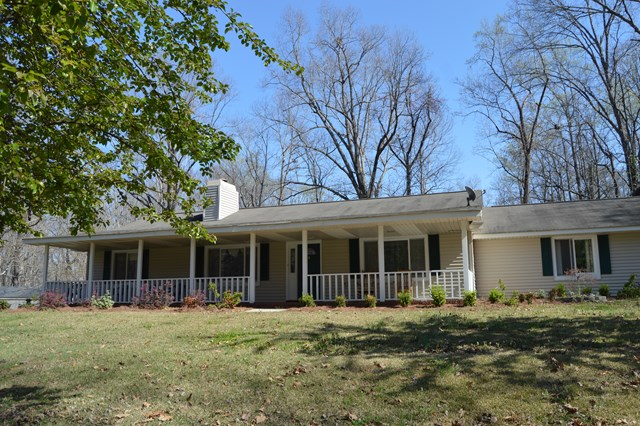 118 Country Side, Greenwood, SC 29649