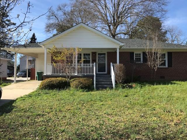 310 Janeway, Greenwood, SC 29646