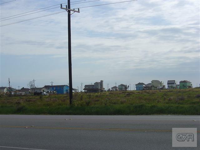 2046 Hwy 87, Crystal Beach, TX - USA (photo 1)