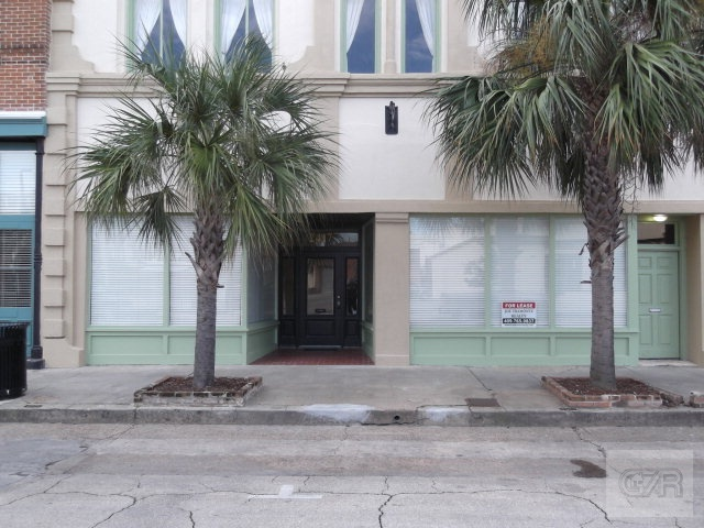 House for sale at 2417 Market Street in Galveston TX