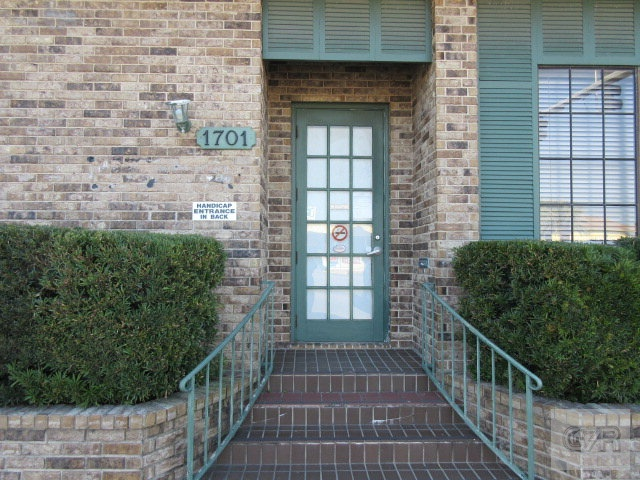 House for sale at 1701 Tremont Street in Galveston TX