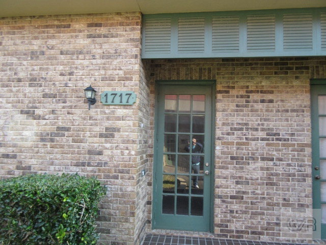 House for sale at 1717 Tremont Street in Galveston TX