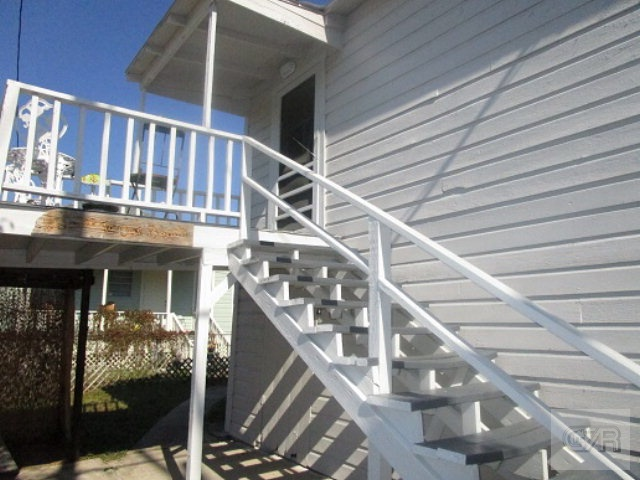 4005 Ave N 1/2, Galveston, TX 77550