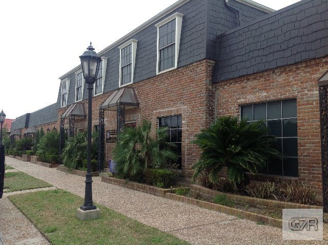 House for sale at 1601 Tremont Street in Galveston TX