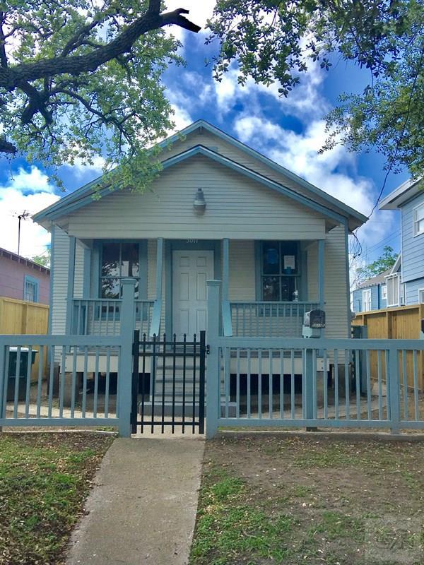 5011 Ave K, Galveston, TX 77550