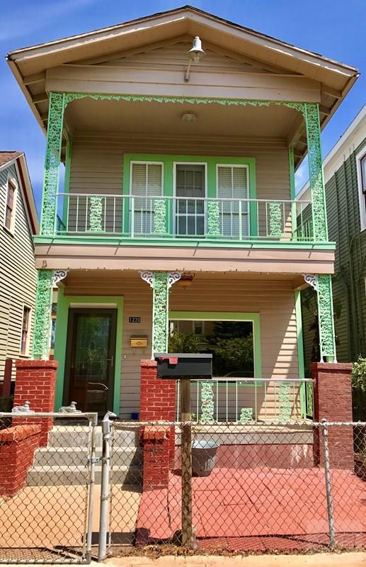 1220 Winnie Street, Galveston, TX 77550