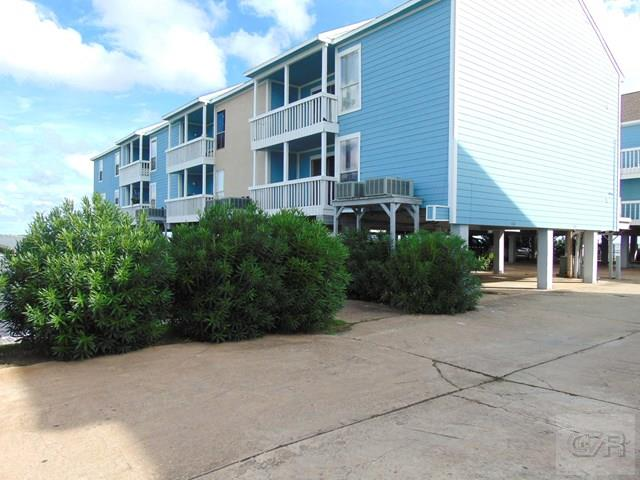 500 Tiki Drive, Tiki Island, TX 77554