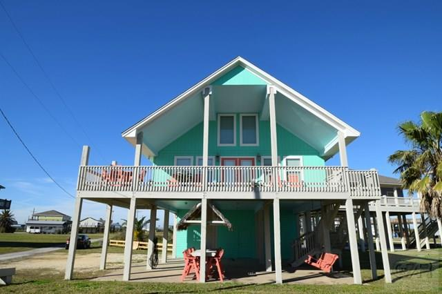 House for sale at 858 Brint in Crystal Beach TX