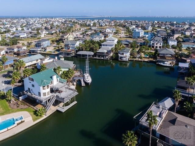 House for sale at 201 SAMPAN in Tiki Island TX