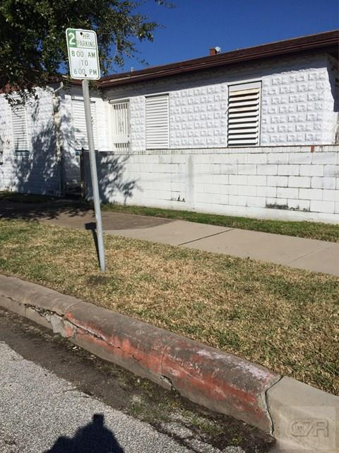 House for sale at 1728 Market Street in Galveston TX