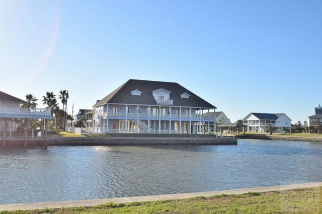 House for sale at 1241 Fountain View Drive in Crystal Beach TX