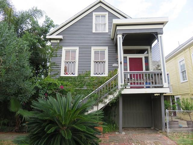 House for sale at 1311 19th Street in Galveston TX